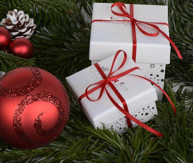 Weihnachtsgeschenke Auf Rechnung.Warum Weihnachtsgeschenke Per Rechnung Kaufen Sinnvoll Ist Bybill De