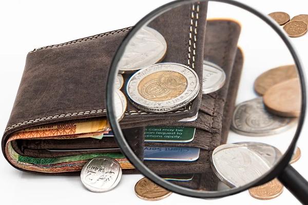 Konditionen einhalten, um Geldprämie zu erhalten.